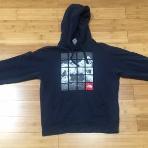 Men's Extra Small North Face Sweatshirt